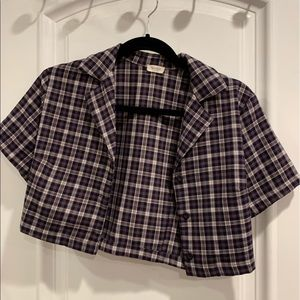 Brandy Melville cropped plaid t shirt